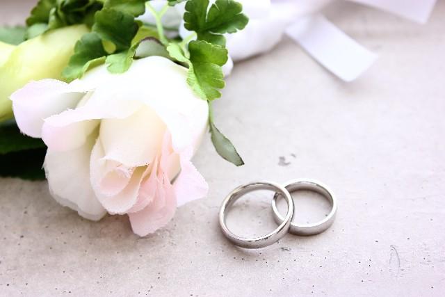 90e3aa241da298d778f83d19ae0aea3a_s 芸能人 「まだ結婚しないの?」お節介大好きだねw